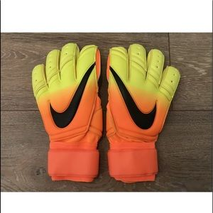 Nike spyne promo goalkeeper gloves